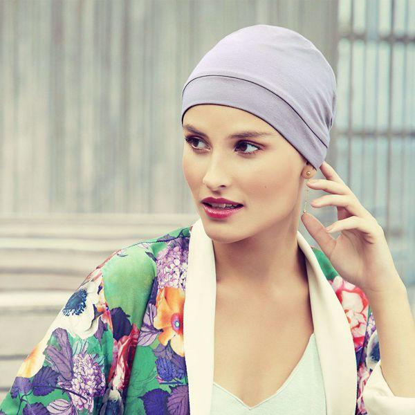 LAURA • V turban